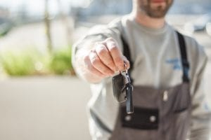 sell to dealers with ease with these simple car auction tips