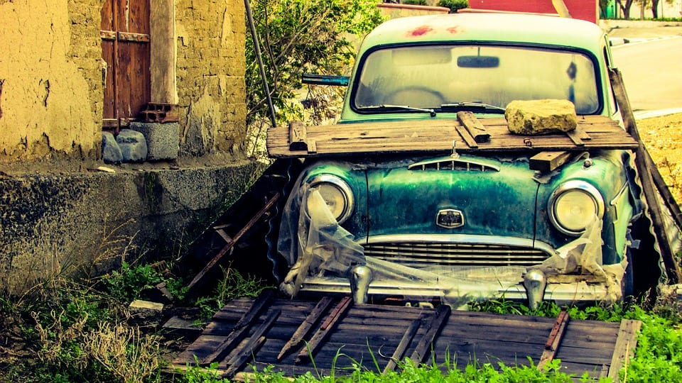 start your own small auto business with the help of a wholesale dealer license